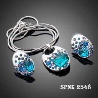 White Gold Plated Blue SWA ELEMENTS Austrian Crystal Necklace and Earrings Jewelry Sets